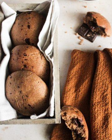 pangoccioli vegani, panini al latte con farina integrale e cioccolato fondente